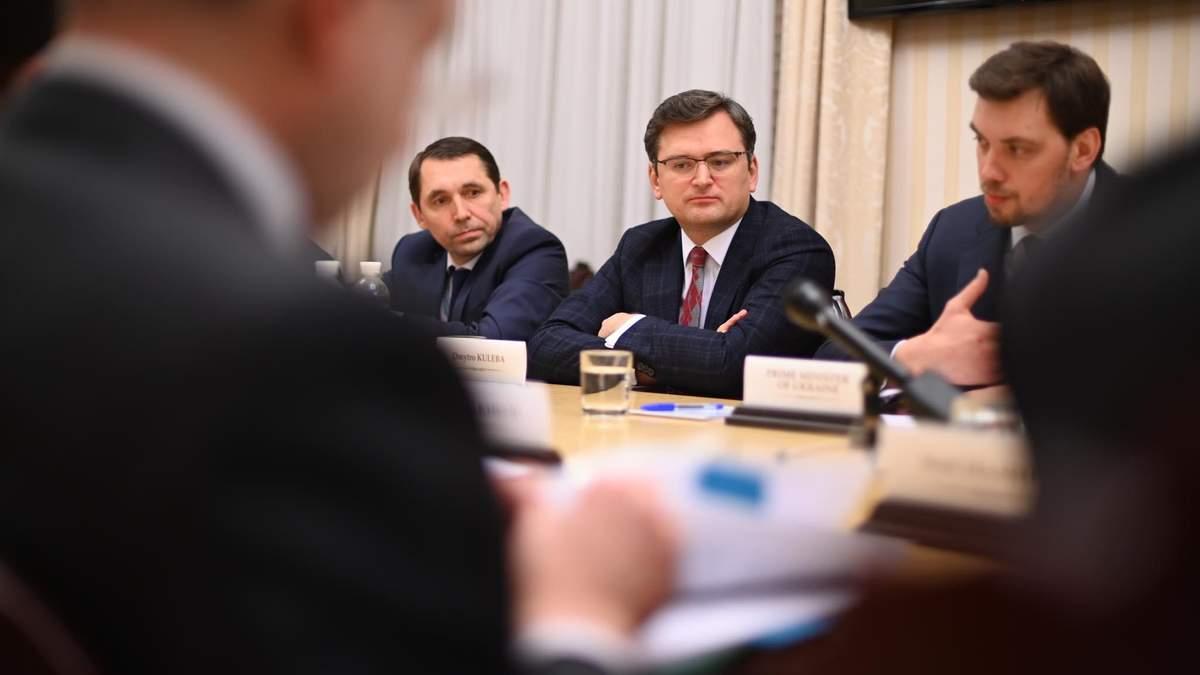 Распространение Covid-19 надо срочно вынести на Совбез ООН, – Кулеба