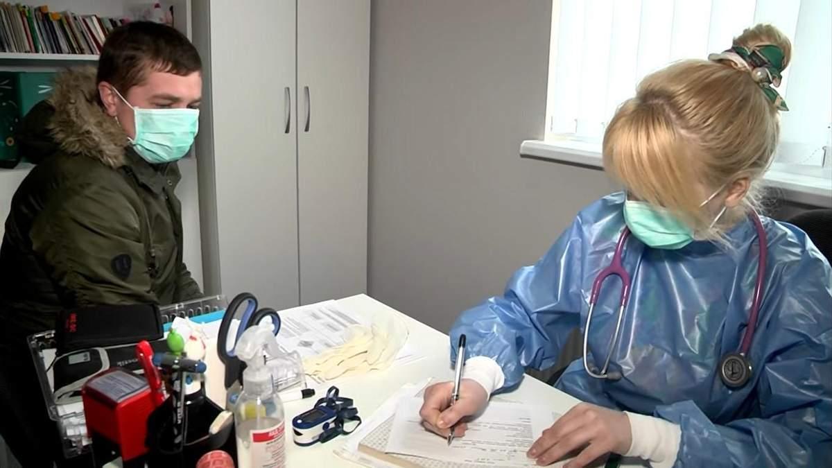 Медпрацівникам, які працюватимуть з хворими на COVID-19, організують харчування