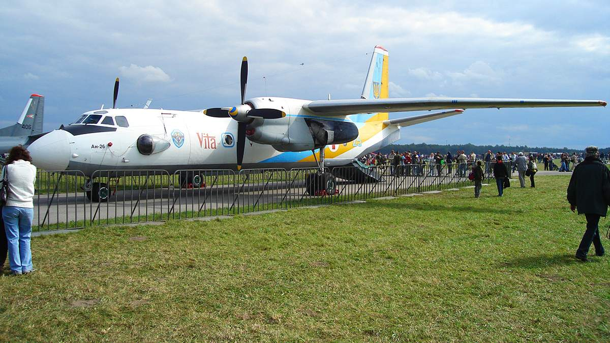 Коронавирус в Украине: для транспортировки больных есть авиация