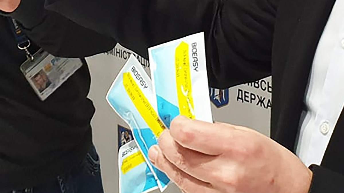 У Києві на коронавірус тестують усіх, хто має запалення легень