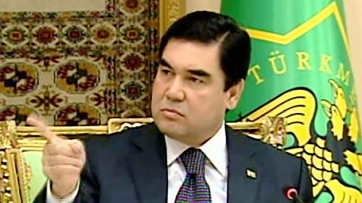 """У Туркменістані виловлюють людей в масках: влада заборонила слово """"коронавірус"""""""
