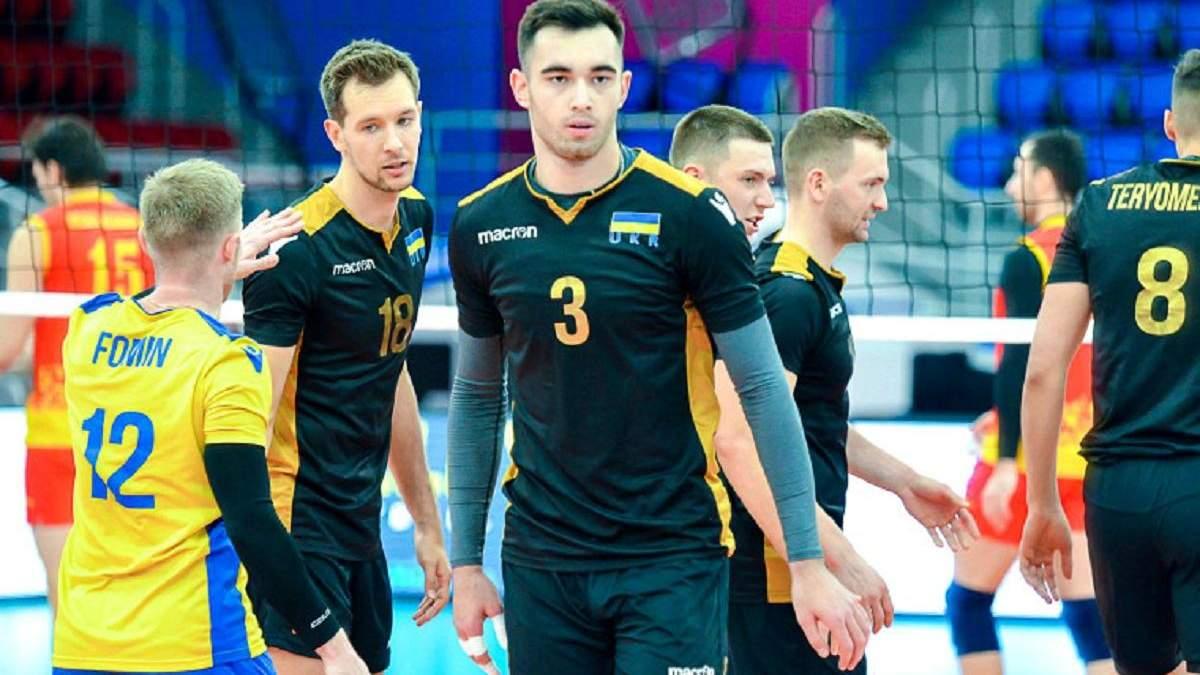Дмитрий Виецкий (под номером 3)