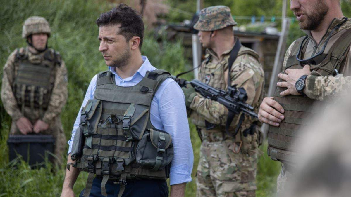 70% українців вважають, що Зеленський не справляється з війною на Донбасі
