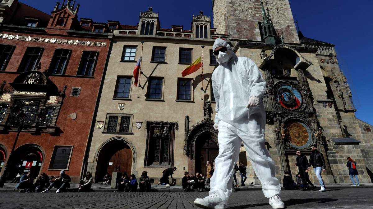 Карантин из-за коронавируса продолжается во многих странах