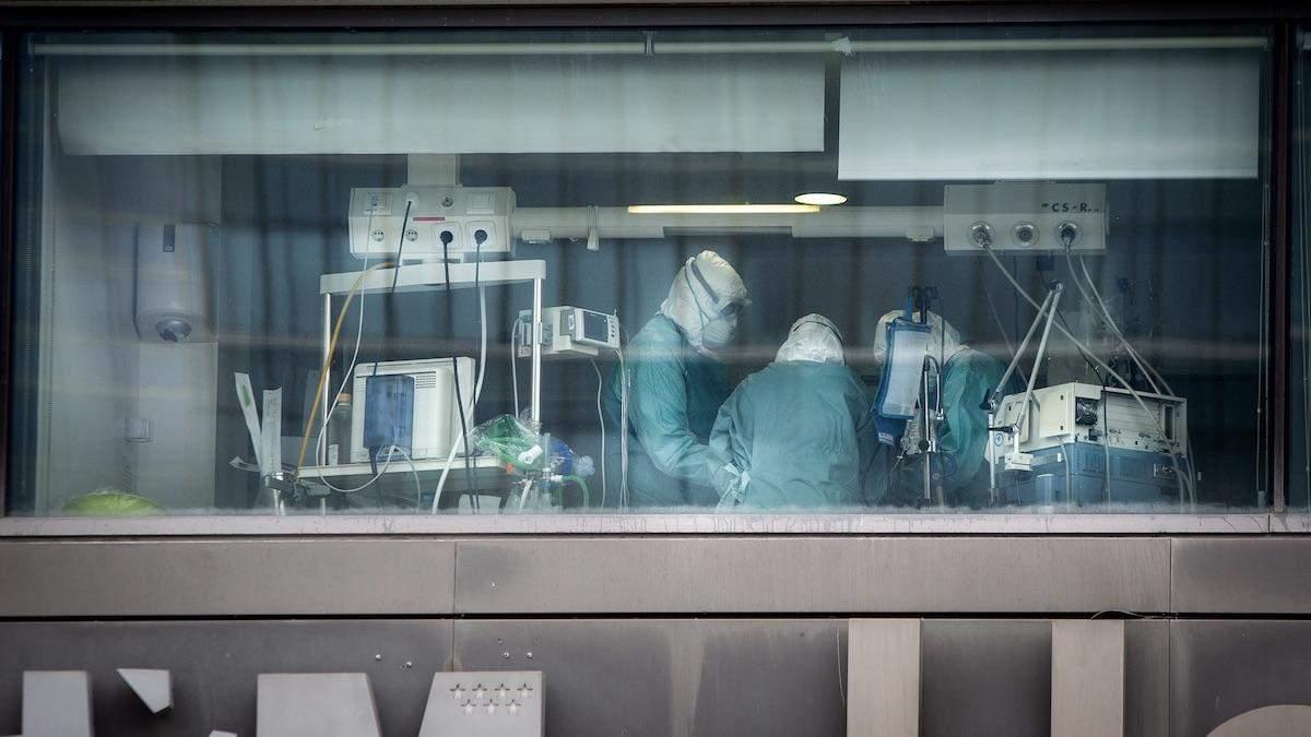 Коронавирус в Италии: сколько врачей умерли