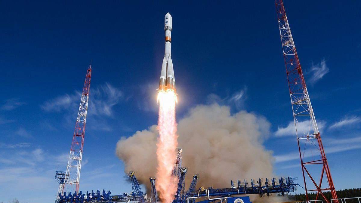 Полет нового экипажа на МКС
