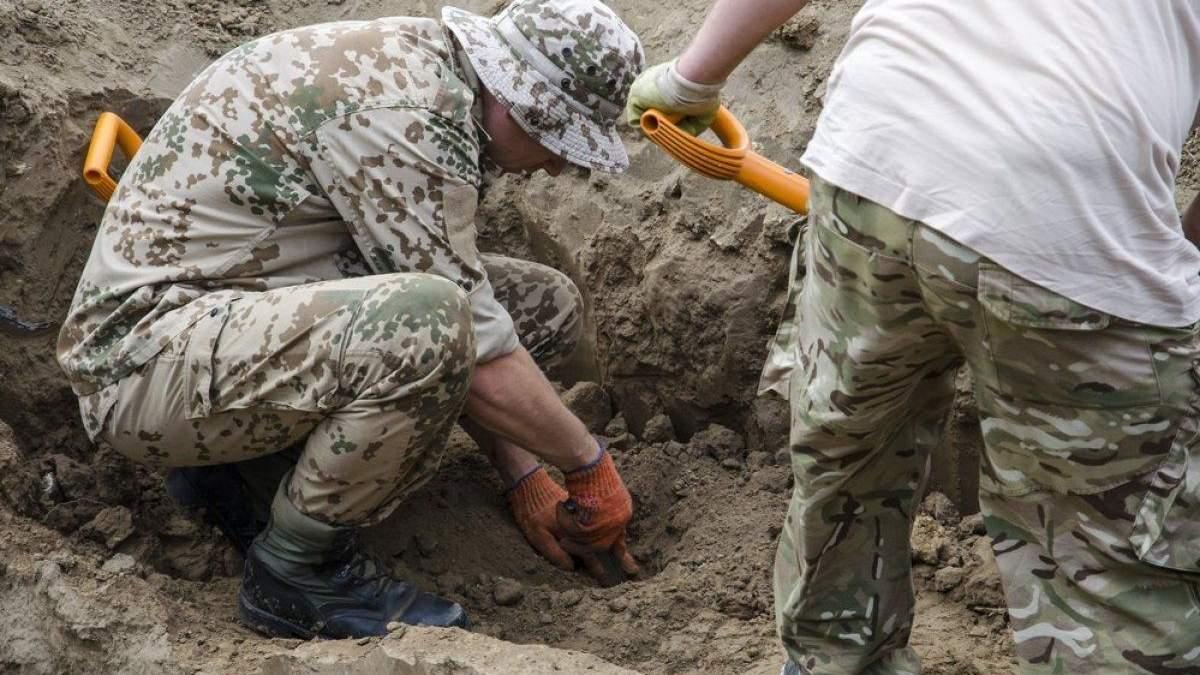 Українці самі в себе крадуть історію, або Чому чорні археологи дійсно важлива проблема