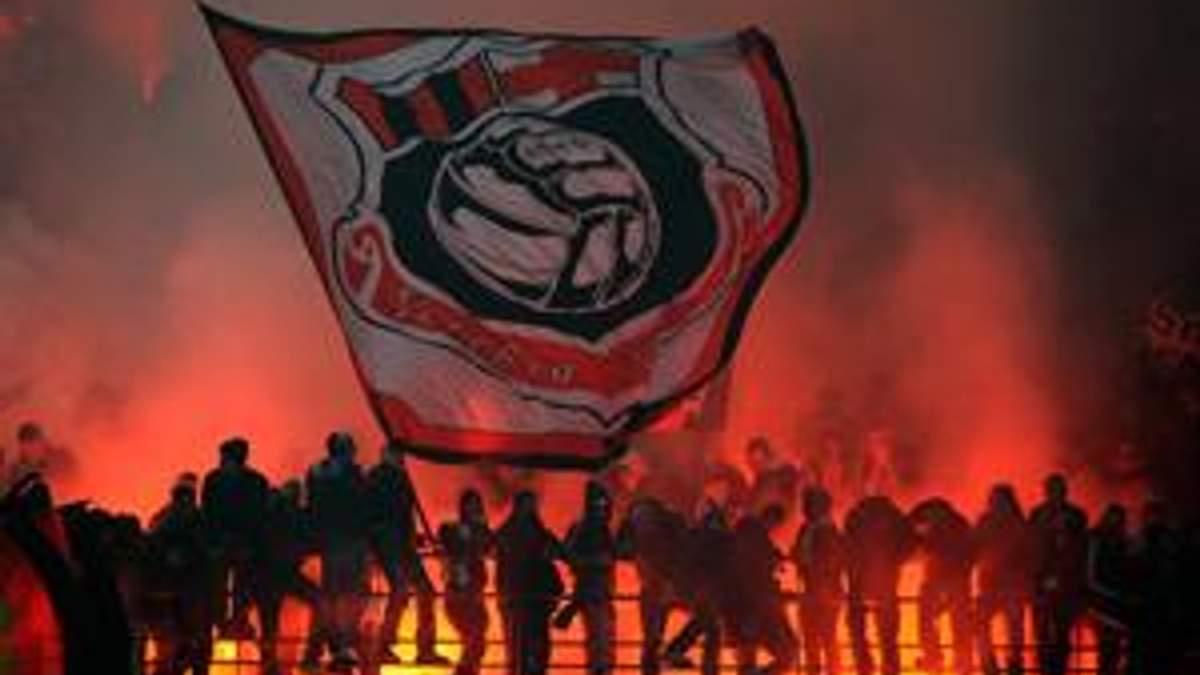 Мілан. Кінець синьо-чорної ери