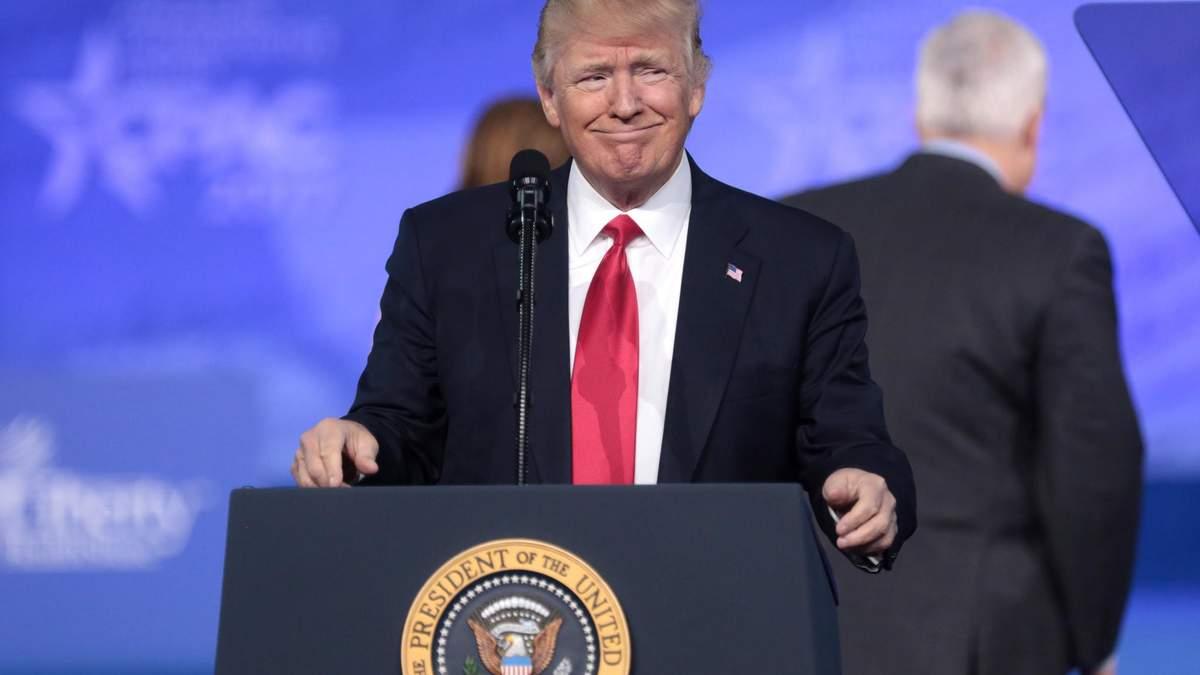 Наразі президенту США в правовому плані ніщо не загрожує