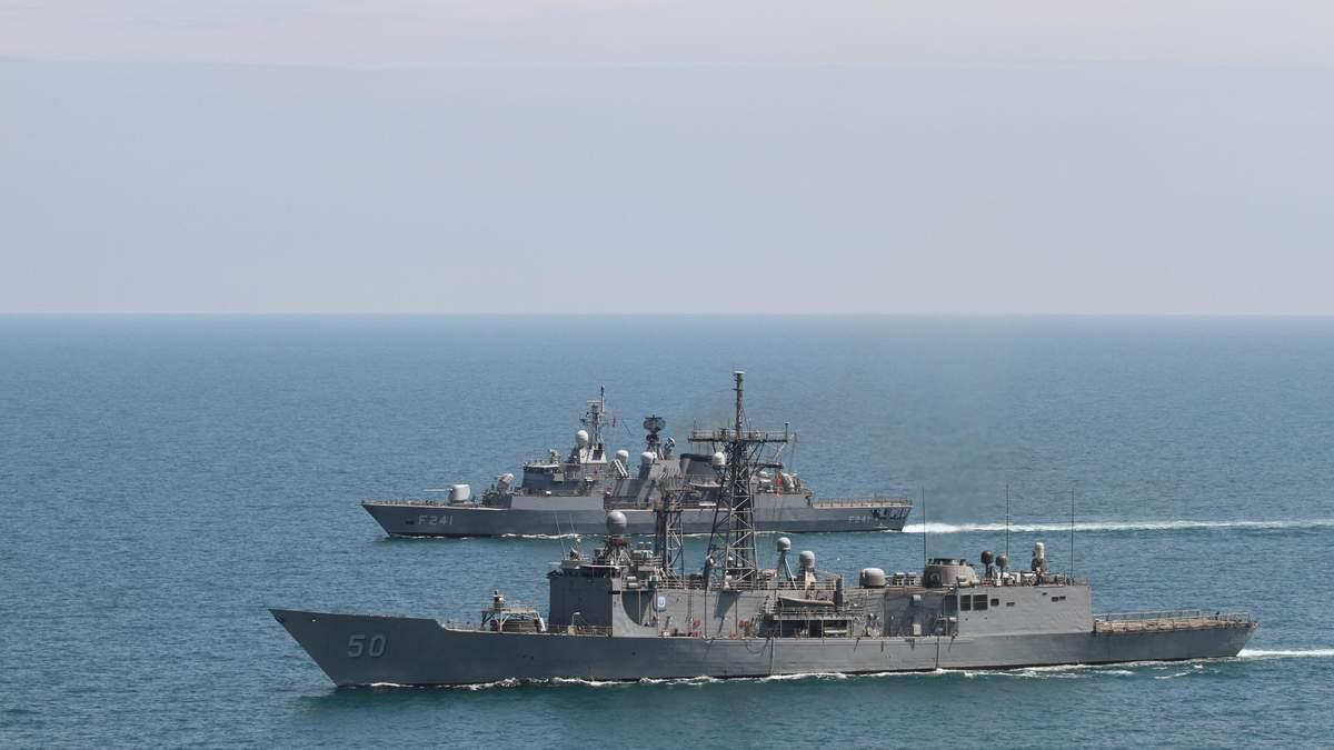 Росія нарощує військо у Криму і Чорному морі