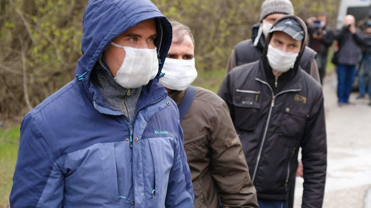 Известны детали о 4 из 20 освобожденных из плена украинцах