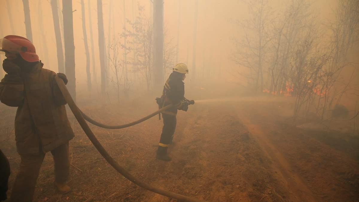 Пожар удалось потушить, однако огонь вспыхнул снова