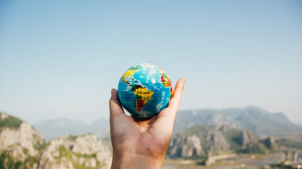 Подорожі після пандемії: що зміниться і де чекати найбільше туристів