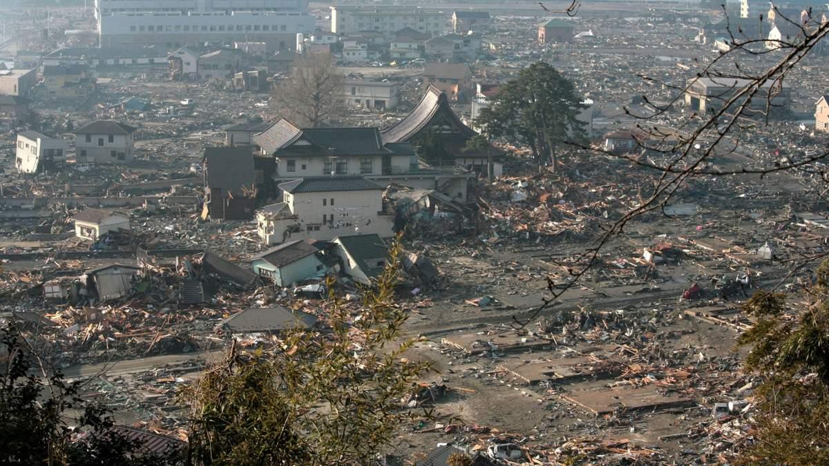 Цунамі в Японії 2020 – країні загрожує цунамі в 30 метрів та землетрус