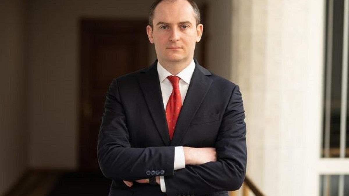Верланов говорит, что в обвинениях Уманского против него нет никаких фактов