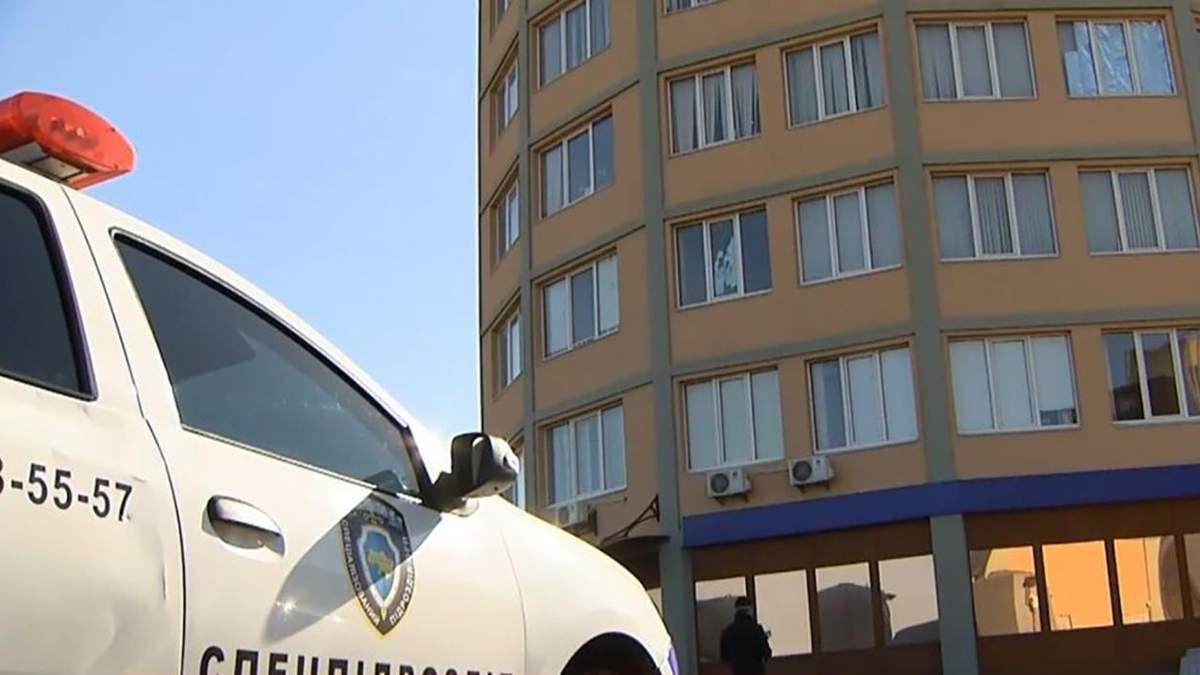 Коронавирус в общежитии в Петропавловской Борщаговке - блокпост