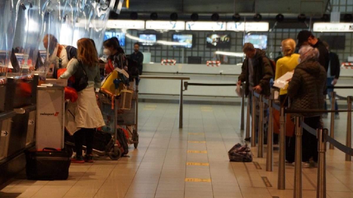 До Києва вилетів спецрейс з Амстердама: на борту 145 українців – фото