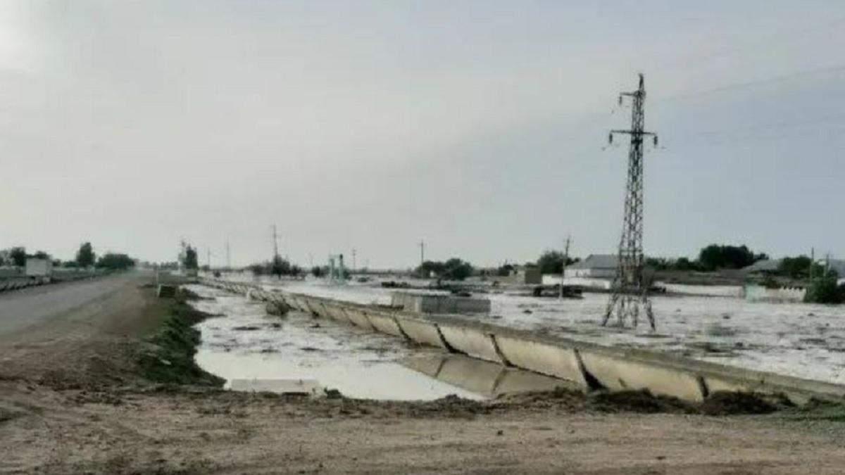 В Узбекистані прорвало дамбу водосховища: затоплені селища – відео
