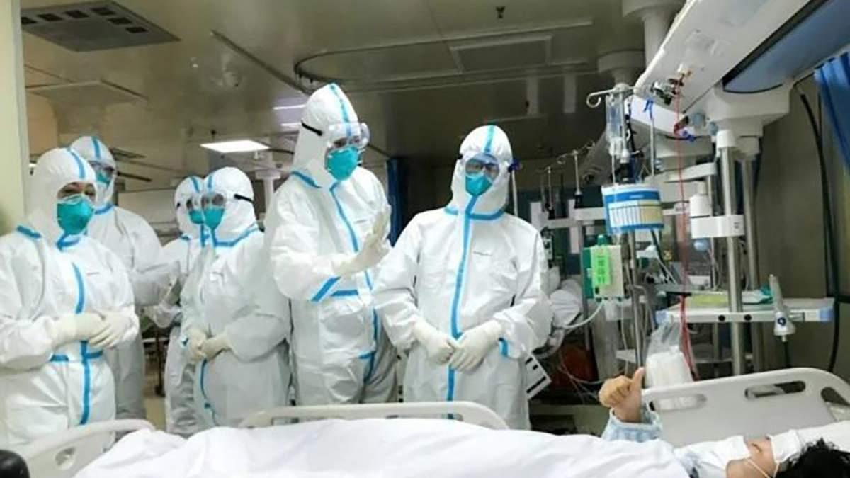 Цілодобова робота та складні умови: ексклюзивний коментар самоізольованих лікарів в Дніпрі