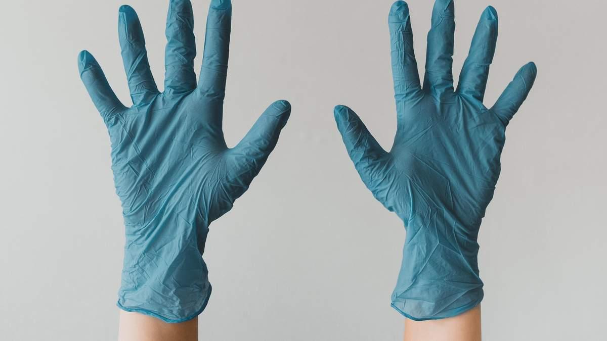 Аборт после инцеста – зло, презервативы не защищают: чему учат во Львовском медуниверситете