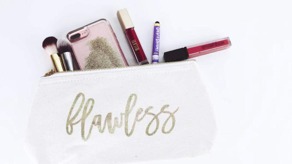Як скласти базову косметичку: 10 необхідних продуктів: фото