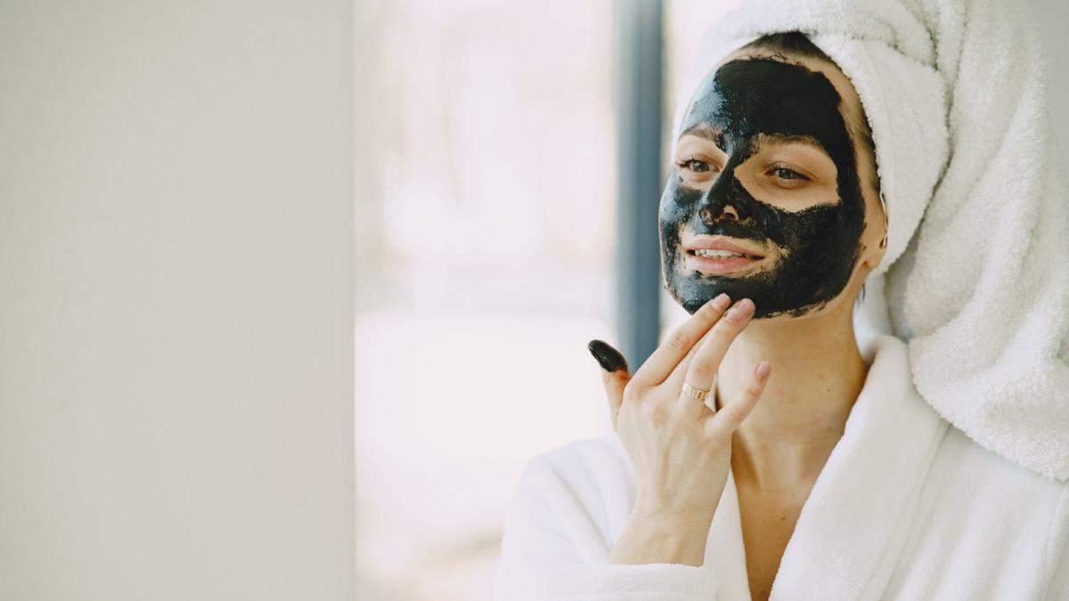 Як правильно доглядати за шкірою обличчя після 30 років: фото