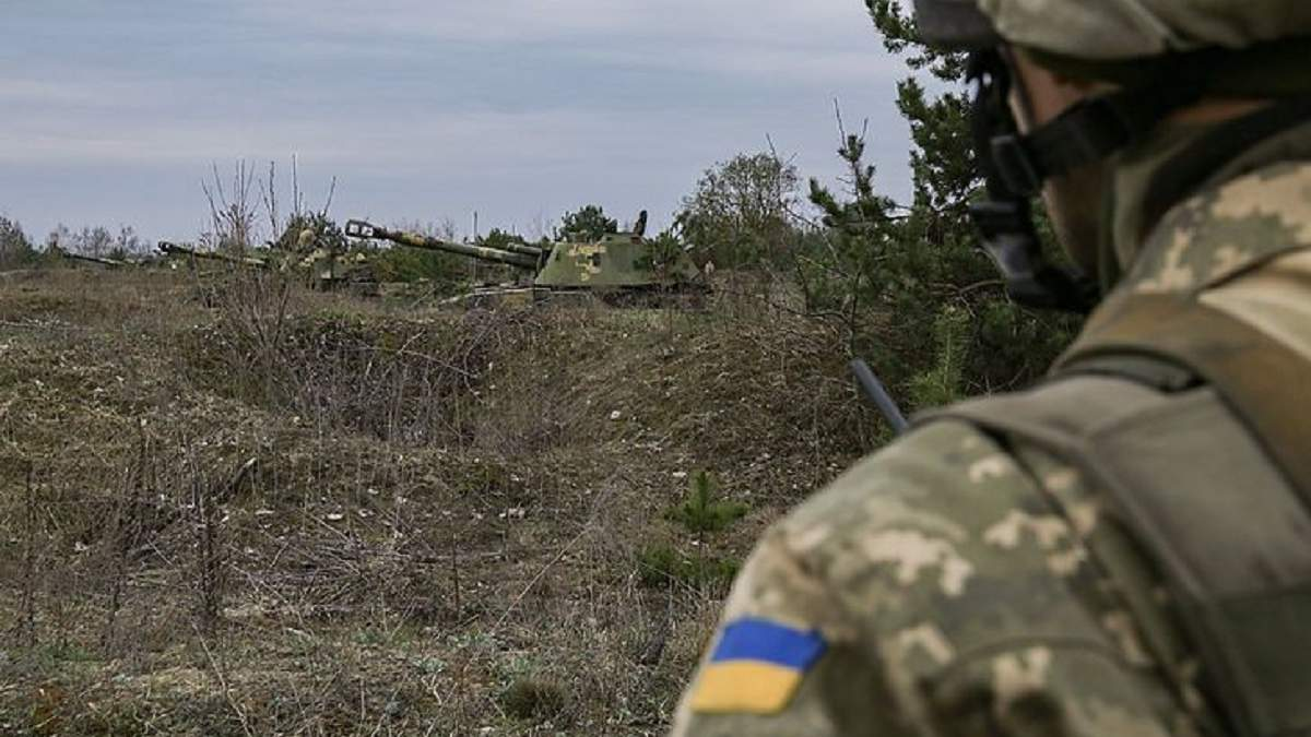 На Донбасі знову було гаряче: бойовики застосували гранатомети