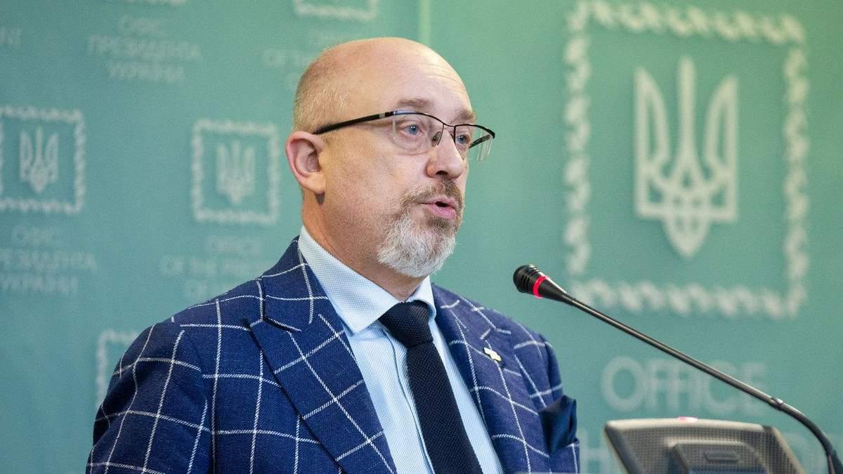 Є аж 12 сценаріїв, – Резніков про розвиток ситуації на Донбасі