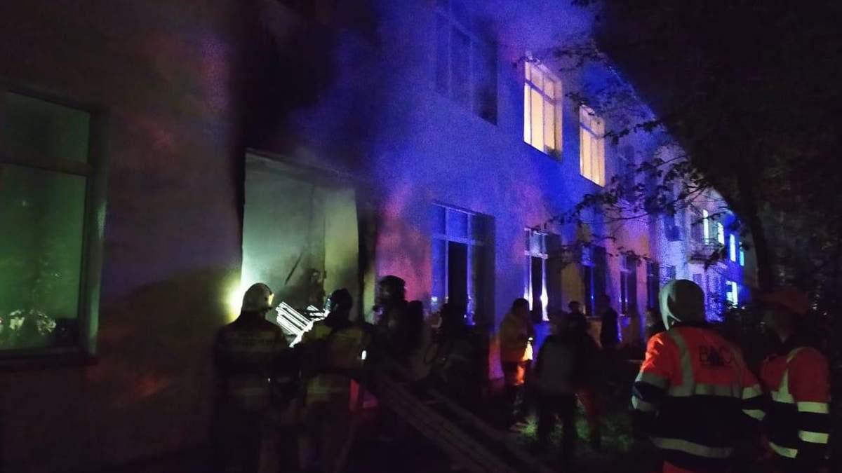 Знову пожежа зі смертельними наслідками у російській лікарні