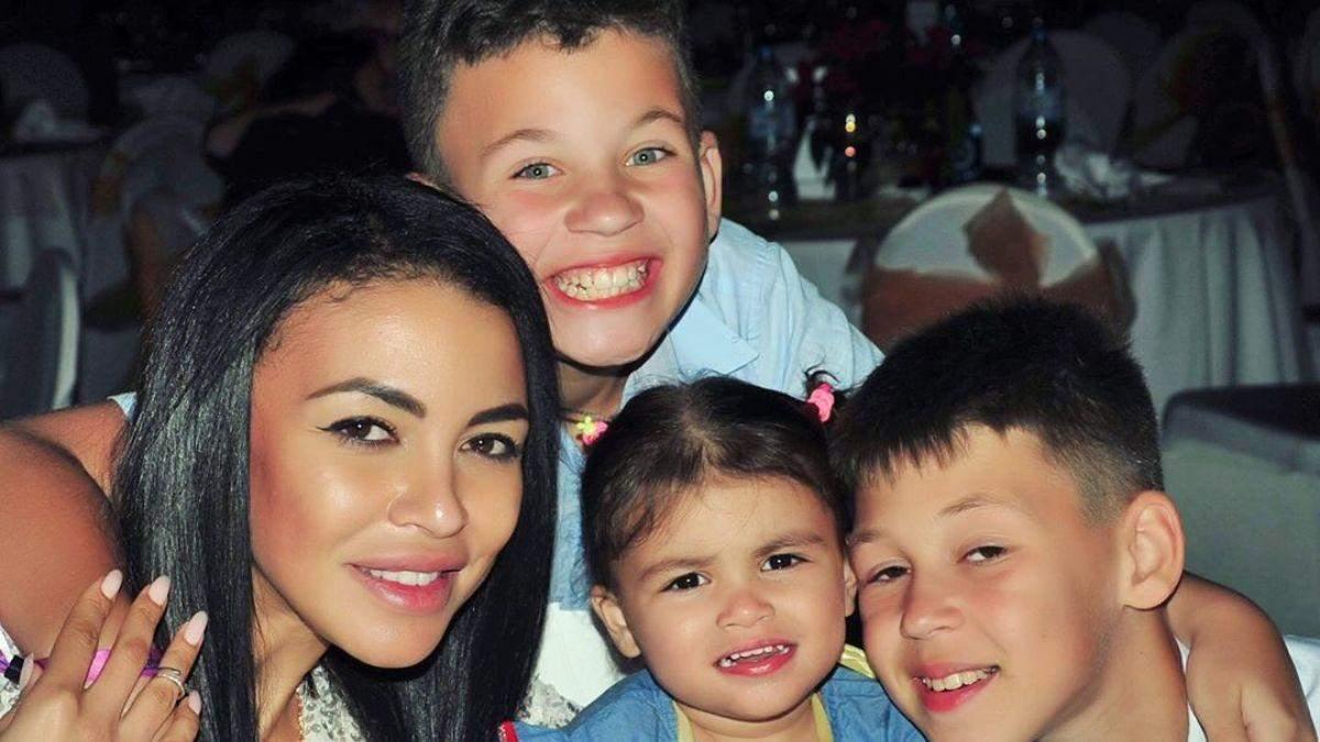 Полина Ололо нашла своего сына
