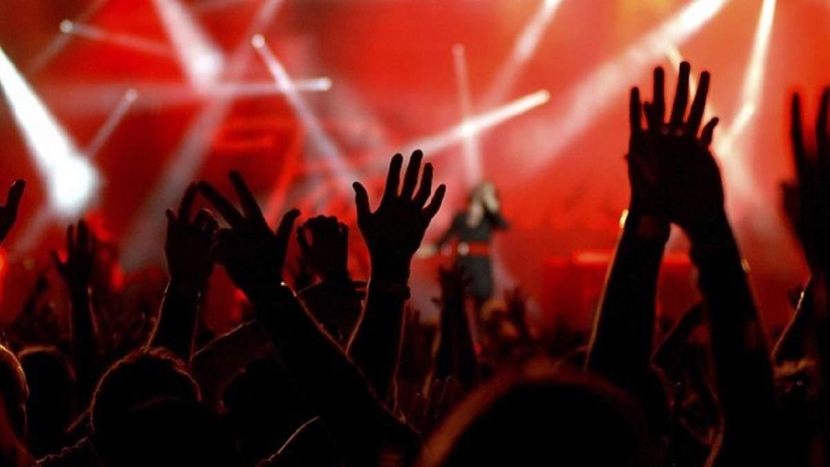 Степанов: проведение концертов в Украине позволят не ранее 22 июня
