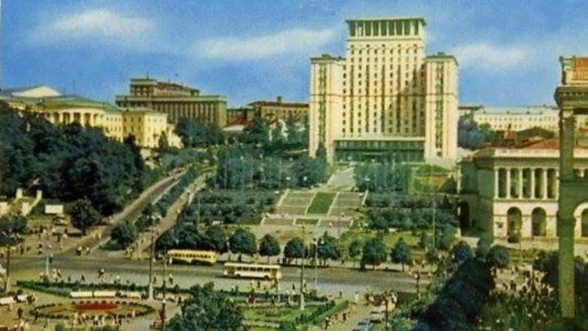 """Готель """"Москва"""" у Києві"""
