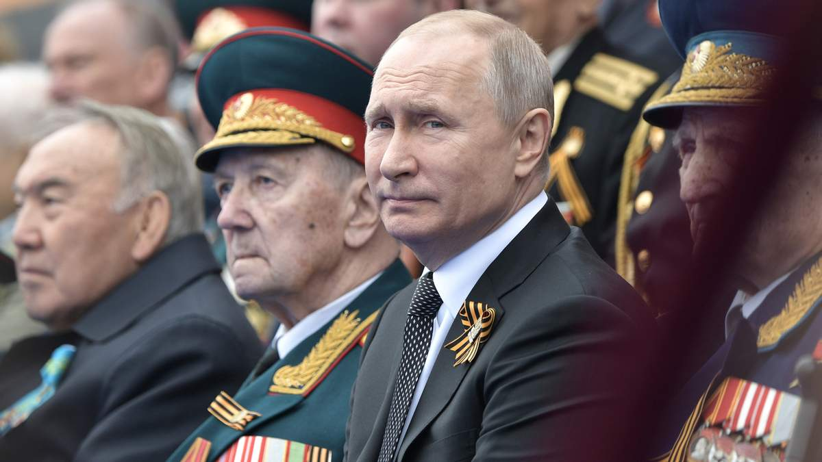 Путін вирішив провести парад попри коронавірус