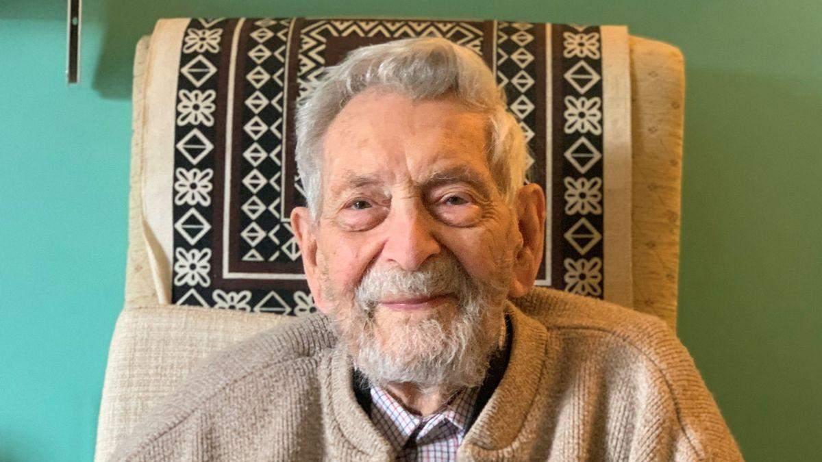 Старейший мужчина на Земле