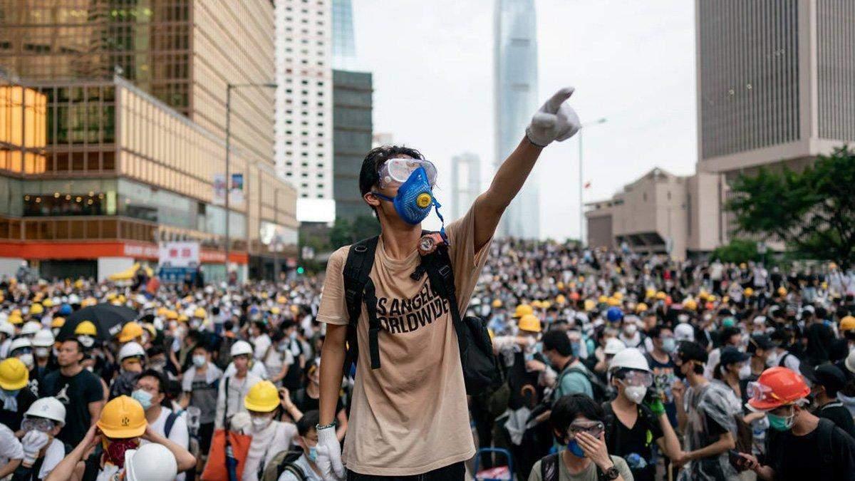 Битва за Гонконг продолжается