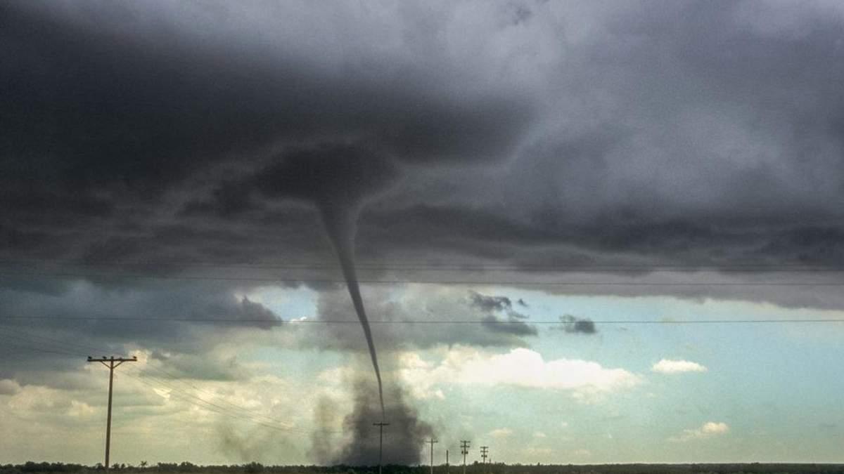 Торнадо в Донецькій області 31 травня 2020: відео