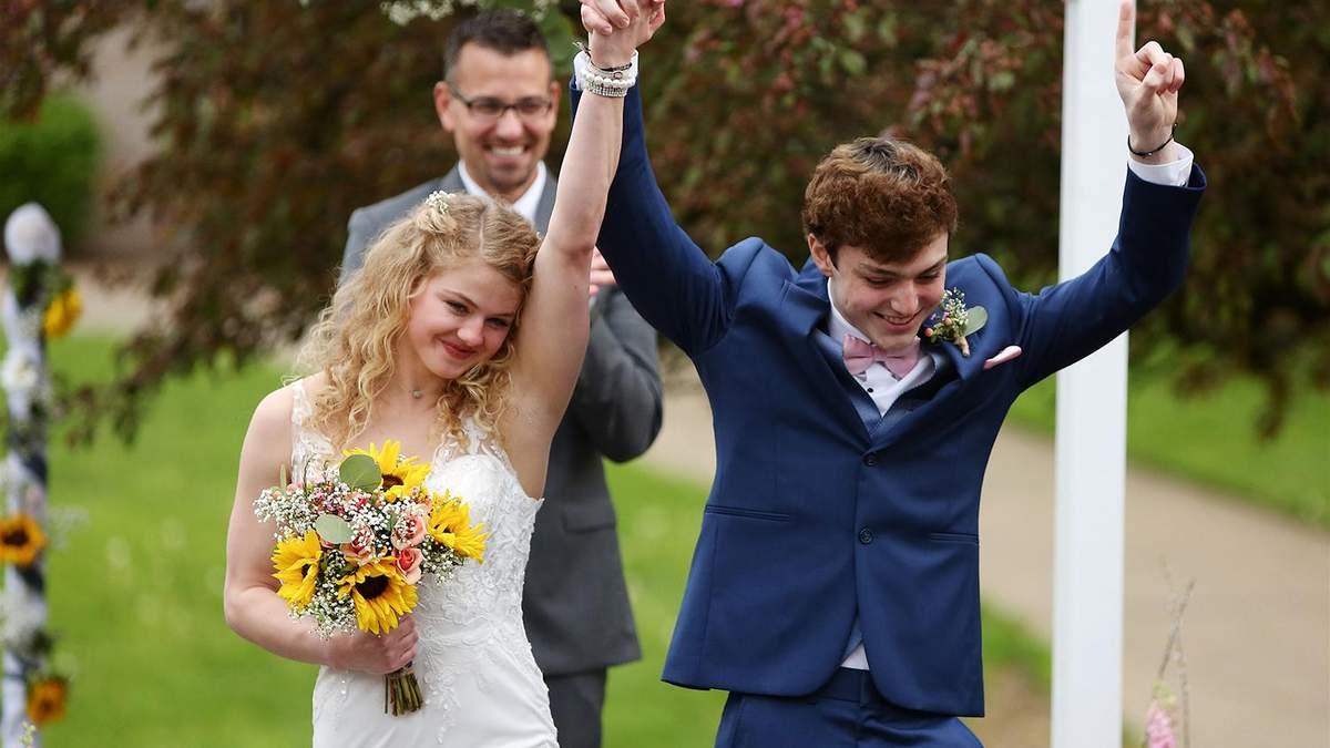 18-річні підлітки одружилися через хворобу хлопця