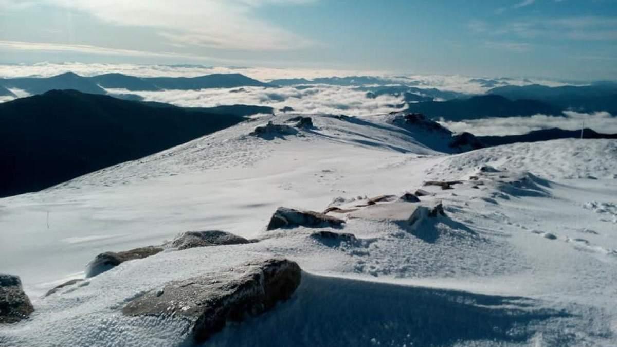 У Карпатах випало до 40 сантиметрів снігу – фото, відео