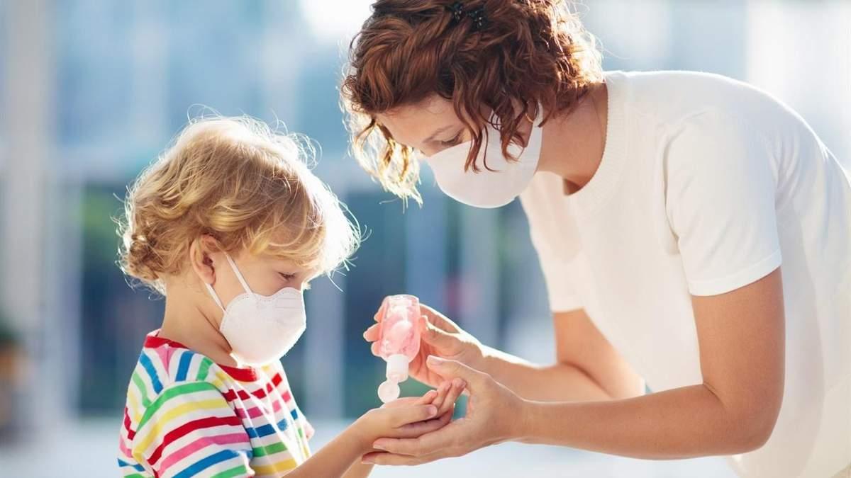 Вакцина от коронавируса не даст длительной защиты от болезни, – инфекционист
