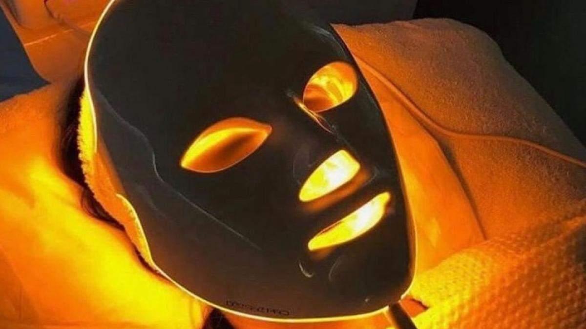 Что такое светодиодная терапия: как она способна омолодить лицо – фото
