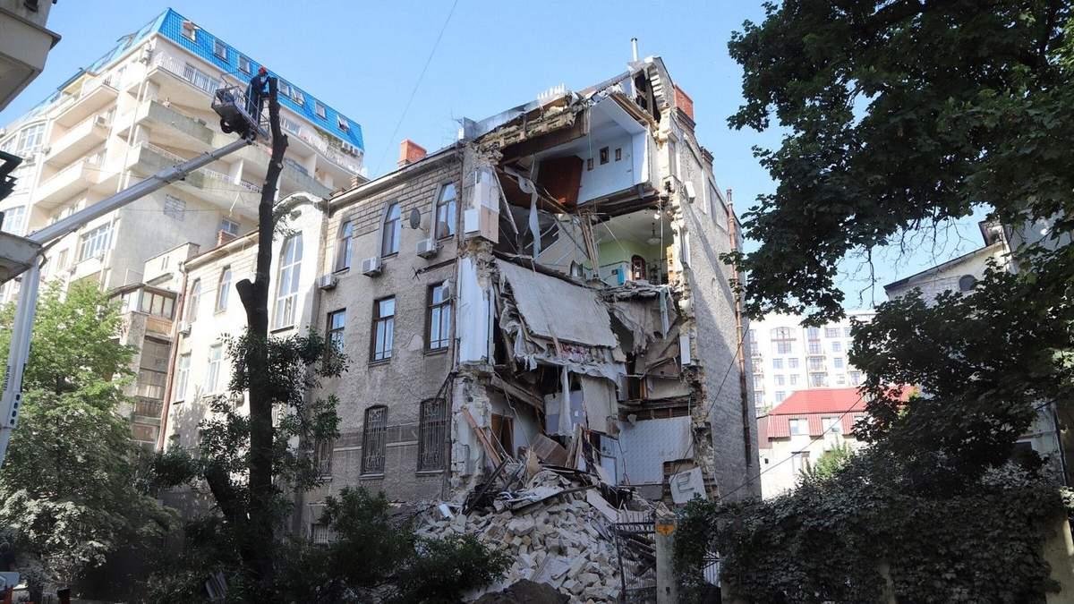 Обвал будинку в Одесі 10 червня 2020: фото, відео