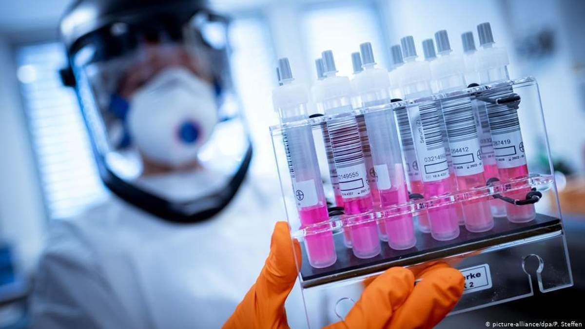 Чому в Україні росте кількість хворих на коронавірус