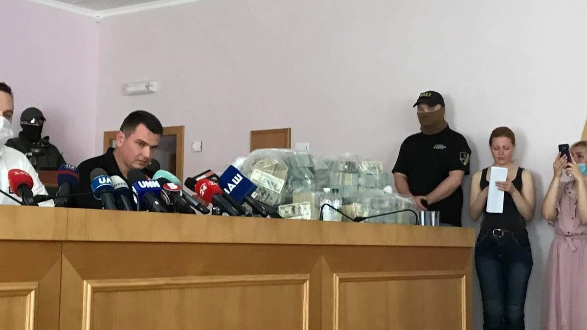 Представники Злочевського давали хабар 6 мільйонів за закриття справи