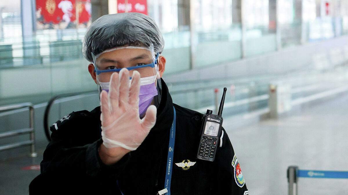 Пекин снова ввел жесткий карантин: в городе установили пропускные пункты