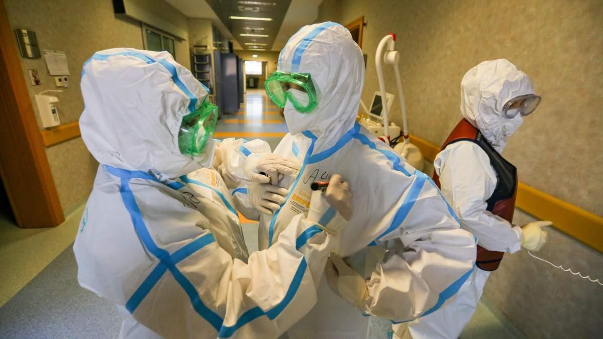 На лінії вогню: історії життя медиків, які померли від коронавірусу