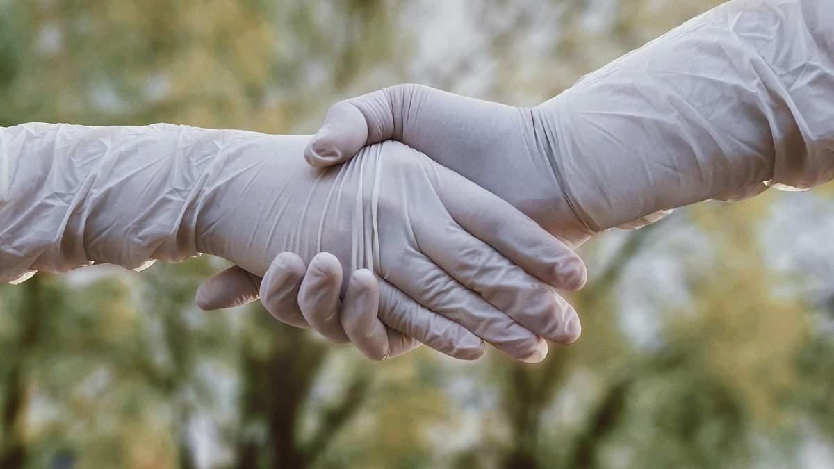 Защищают ли перчатки от заражения коронавирусом
