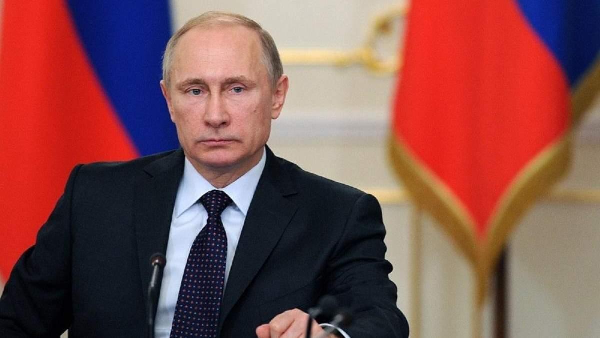 Путін каже, що чекає українську владу в Москві
