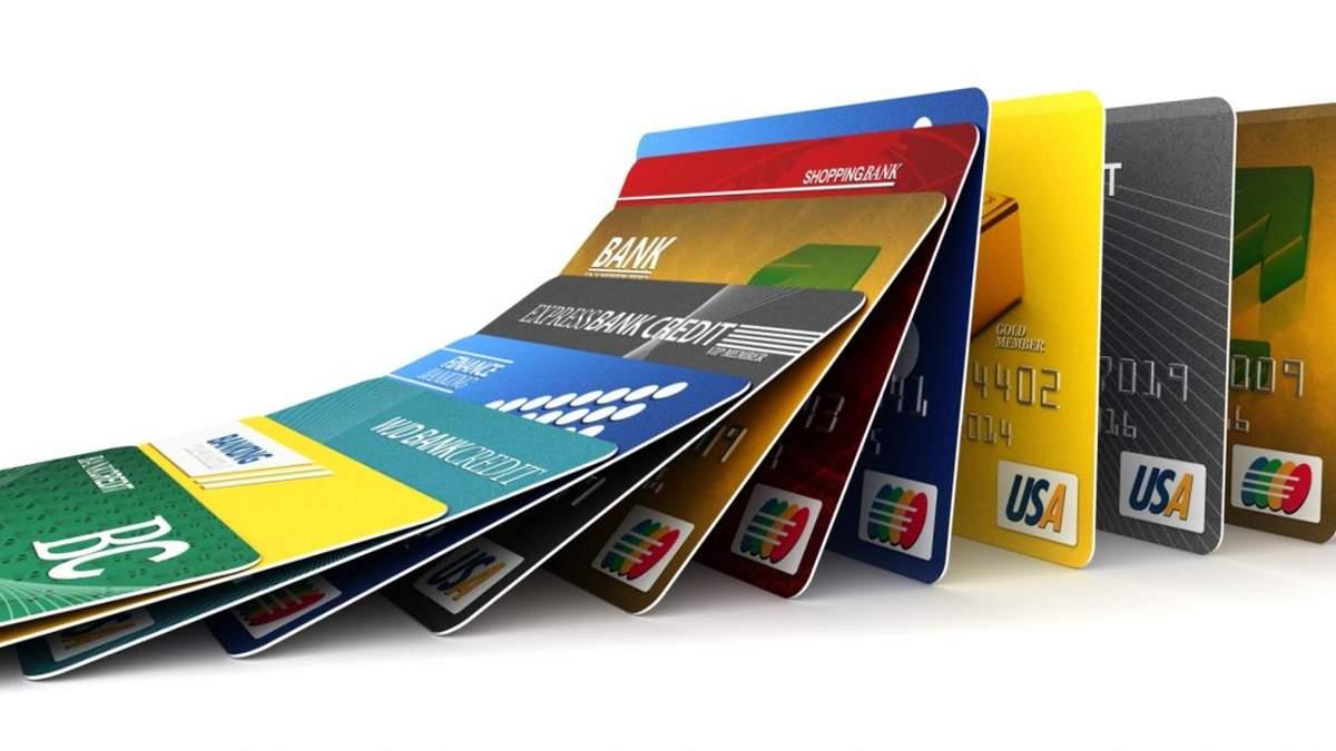 Хакери викрадали гроші з банківських карток: що відомо