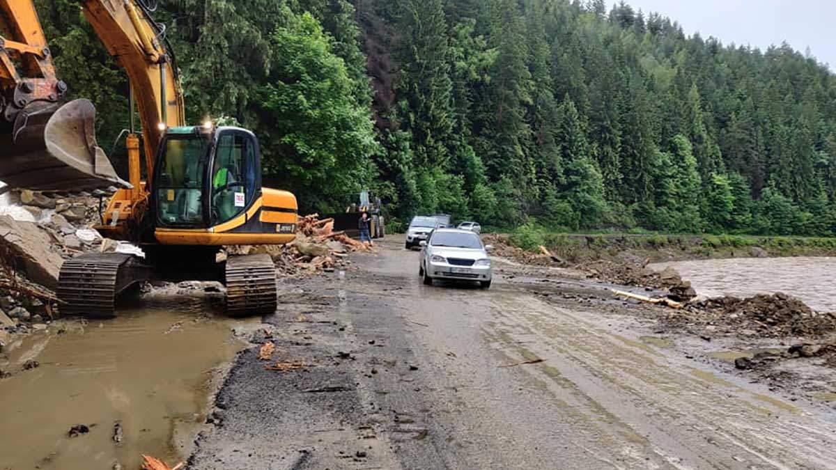 Буковель затопило 23 июня 2020: фото и видео