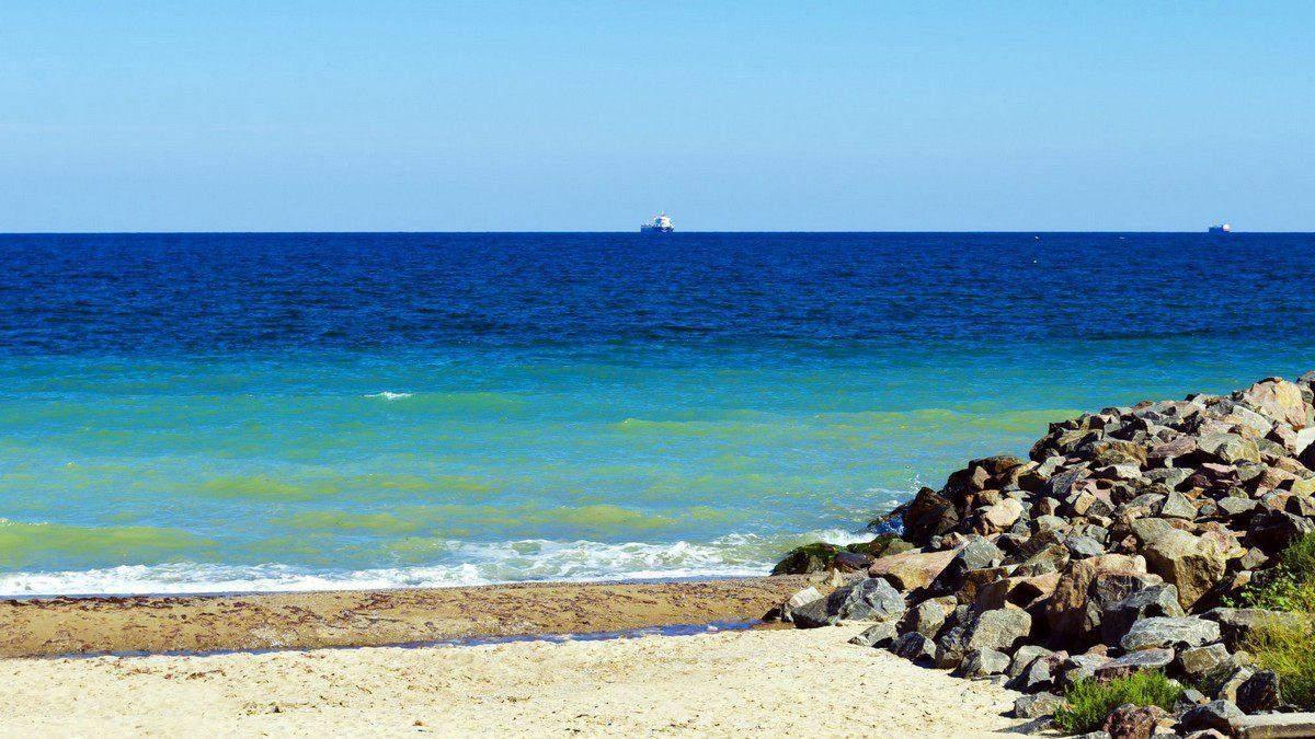 Морська вода біля узбережжя Одеси та Затоки не відповідає нормам